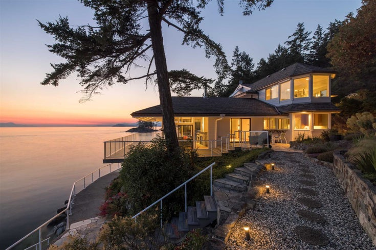 11113 Sunshine Coast Highway - Halfmn Bay Secret Cv Redroofs House/Single Family for sale, 4 Bedrooms (R2537674)