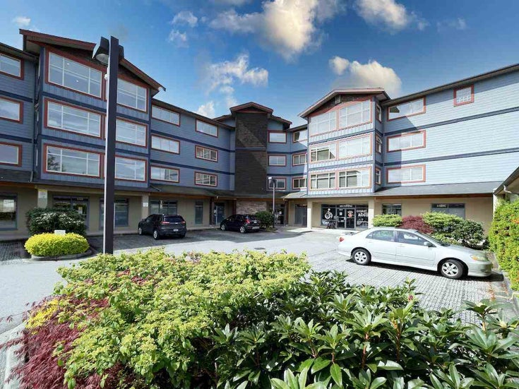 302 5631 Inlet Avenue - Sechelt District Apartment/Condo for sale, 2 Bedrooms (R2573446)