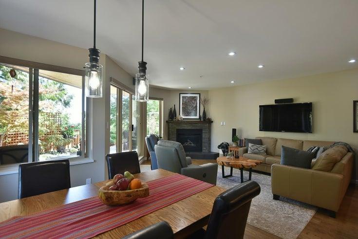 101 5780 Trail Avenue - Sechelt District Apartment/Condo for sale, 2 Bedrooms (R2609616)