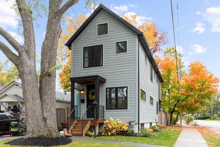 181 Angelene St - Mineola HOUSE for sale, 3 Bedrooms (W4988257)