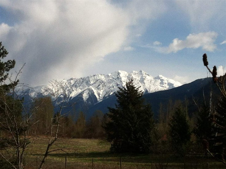 785 Green Road - Pemberton Meadows House with Acreage for sale(R2196490)