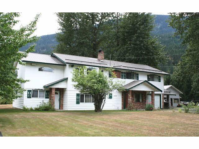 884 Erickson Road - Pemberton Meadows House with Acreage for sale(V1139385)