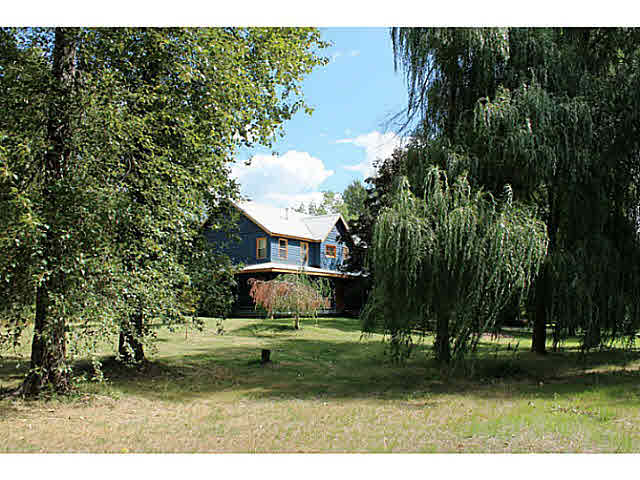 7424 Clover Road - Pemberton House with Acreage for sale(V1128621)