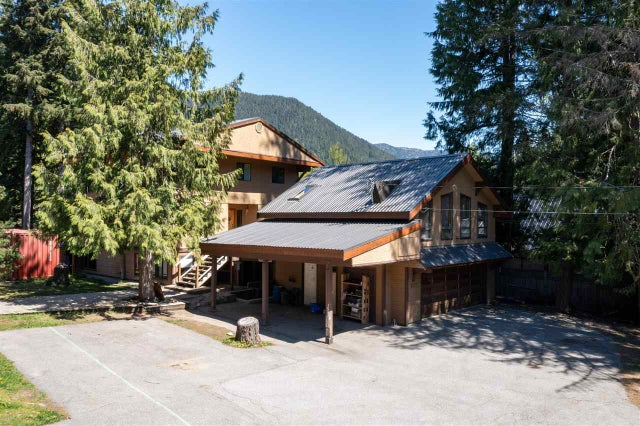 8131 ALPINE WAY - Alpine Meadows House/Single Family for sale, 9 Bedrooms (R2541096)