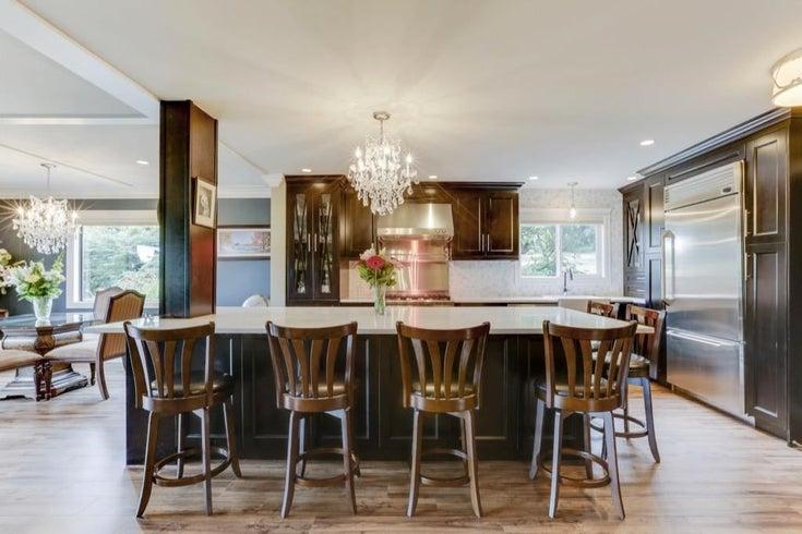 Luxury condo at Nico Wynd Estates – 2 bed, 2 bath, chef's kitchen