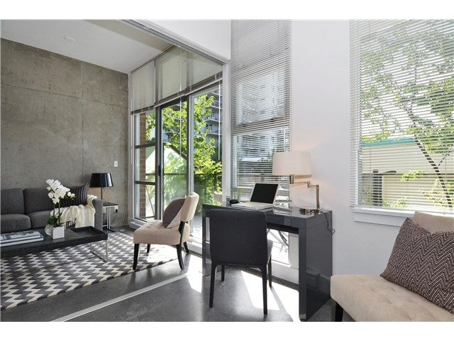 # 206 2635 PRINCE EDWARD ST, V5T 4V7 - Mount Pleasant VE Apartment/Condo for sale, 1 Bedroom (V1089364)