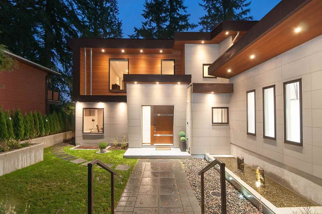 503 CRESTWOOD AVENUE - Upper Delbrook House/Single Family for sale, 6 Bedrooms (R2262786)