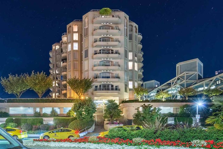 1002 168 CHADWICK COURT - Lower Lonsdale Apartment/Condo for sale, 2 Bedrooms (R2574690)