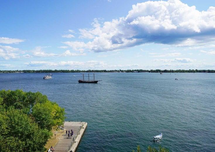 801 - 65 Harbour Sq - Waterfront Communities C1 Condo Apt for sale, 2 Bedrooms (C5372170)