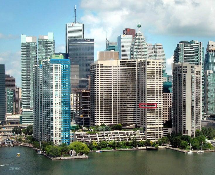 1801 - 65 Harbour Square - Waterfront Communities C1 APTU for sale, 2 Bedrooms (C2974848)