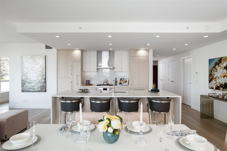 210 177 W 3RD STREET - Lower Lonsdale Apartment/Condo for sale, 3 Bedrooms (R2487439)