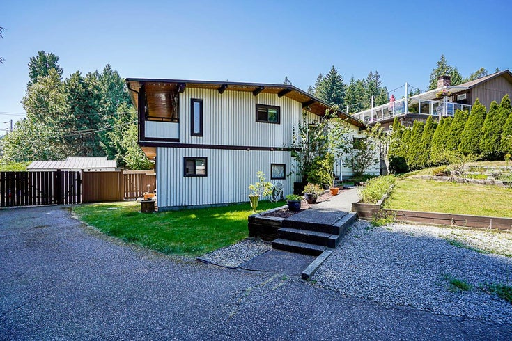 274 MARINER WAY - Coquitlam East House/Single Family for sale, 5 Bedrooms (R2599863)