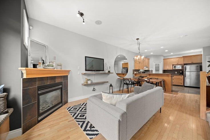 1, 718 56 Avenue SW - Windsor Park Row/Townhouse for sale, 3 Bedrooms (A1140844)