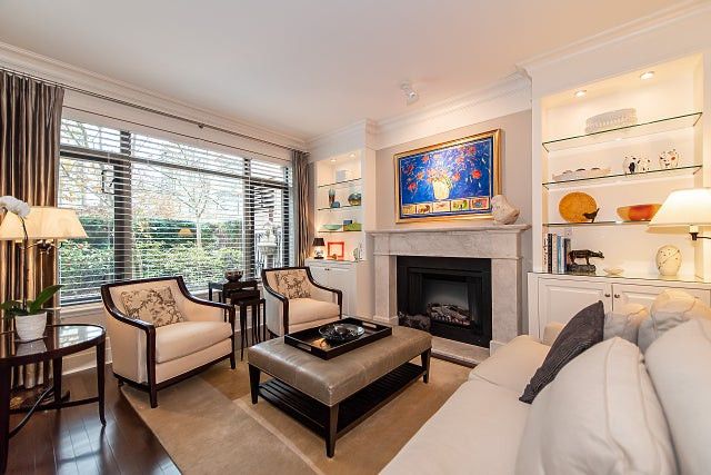 103 533 WATERS EDGE CRESCENT - Park Royal Apartment/Condo for sale, 2 Bedrooms (R2418535)