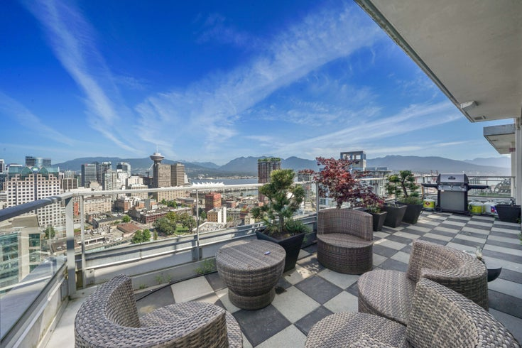 3901 - 188 KEEFER PLACE - Downtown VW Apartment/Condo for sale, 2 Bedrooms (R2479744)