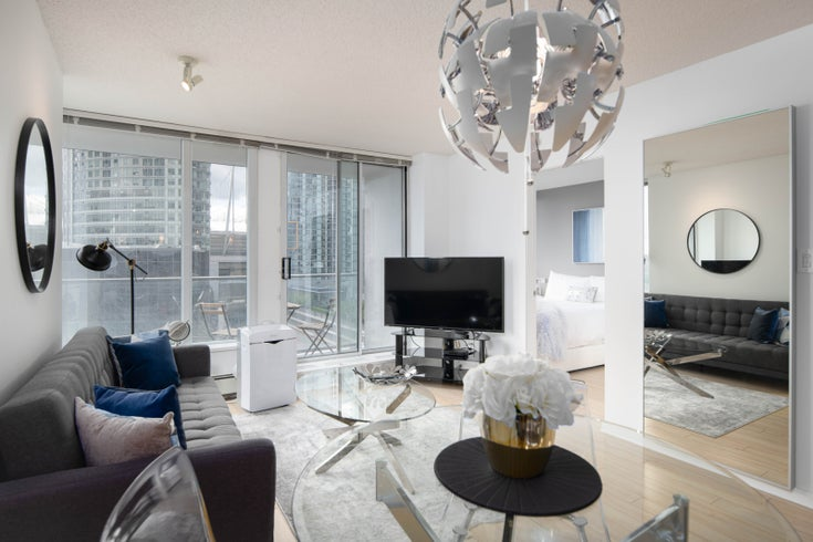 1206 - 689 ABBOTT STREET - Downtown VE Apartment/Condo for sale, 1 Bedroom (R2526581)
