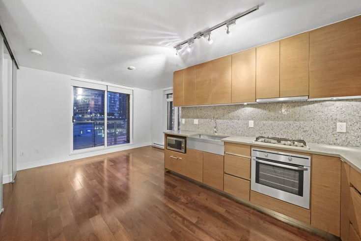 708 - 565 SMITHE STREET - Downtown VE Apartment/Condo for sale(R2527204)