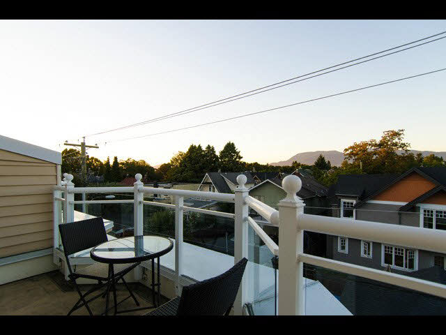 210 2545 W Broadway - Kitsilano Townhouse for sale, 2 Bedrooms (V1143681)