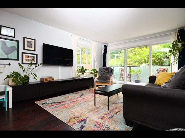 311 2333 Triumph Street - Hastings Apartment/Condo for sale, 2 Bedrooms (R2387583)