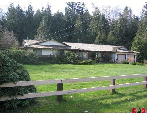 4869 246a Street - Salmon River House with Acreage for sale, 3 Bedrooms (F2707588)
