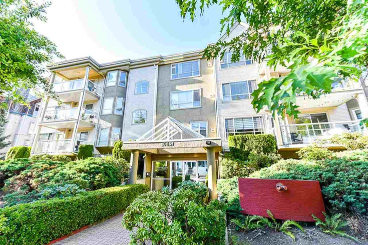 104 20257 54 Ave, Langley - Beautiful Self Managed Building