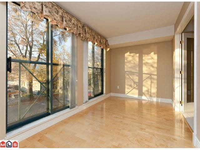311 15210 Pacific Avenue - White Rock Apartment/Condo for sale, 2 Bedrooms (F1129058)