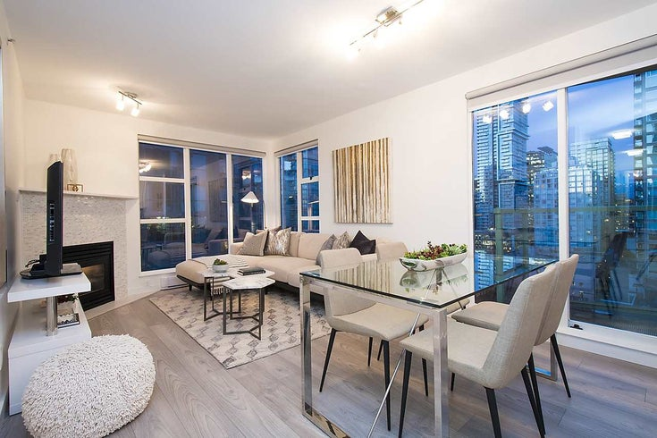 2002 939 Homer Street - Yaletown Apartment/Condo for sale, 2 Bedrooms (R2133946)