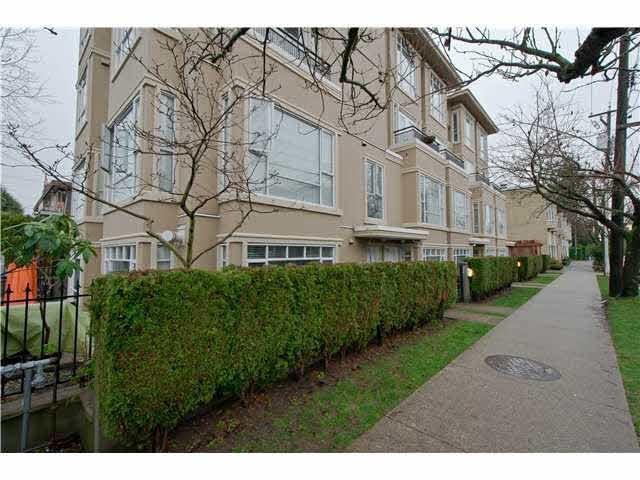 2108 Yew Street - Kitsilano Apartment/Condo for sale, 2 Bedrooms (V1043093)