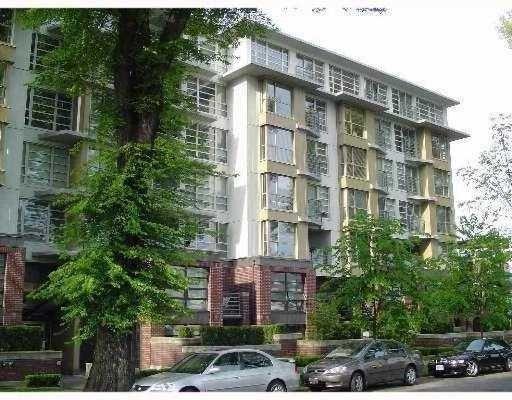 207 2137 W 10th Avenue - Kitsilano Apartment/Condo for sale, 3 Bedrooms (R2149797)
