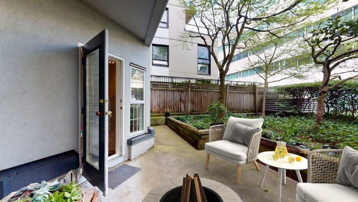 125 511 W 7TH AVENUE - Fairview VW Apartment/Condo for sale, 1 Bedroom (R2573720)