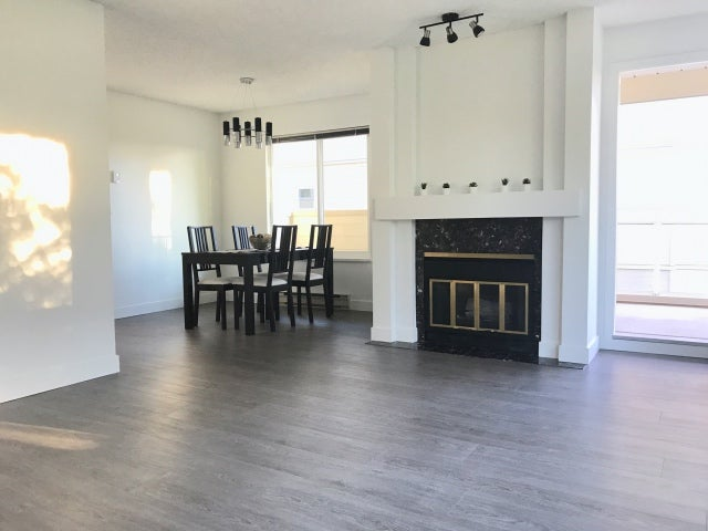 206 7200 Gilbert Road - Brighouse South Apartment/Condo for sale, 2 Bedrooms (R2411964)