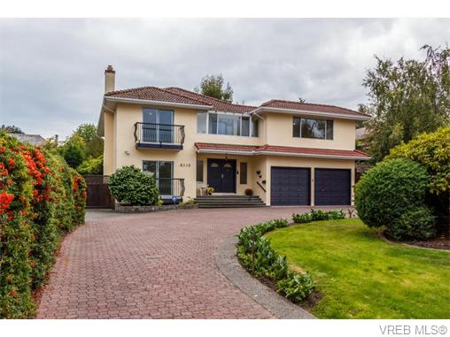 4918 Cordova Bay Rd - SE Cordova Bay Single Family Detached for sale, 5 Bedrooms (370370)