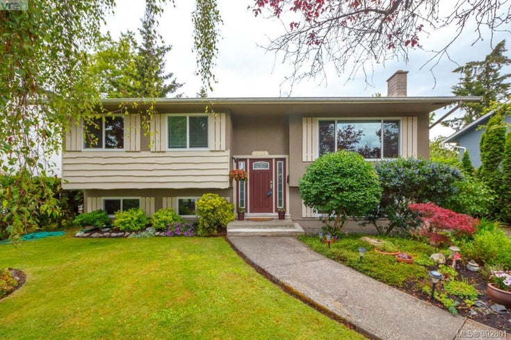 10323 Bowerbank Rd - Si Sidney North-East Single Family Detached for sale, 3 Bedrooms (392801)