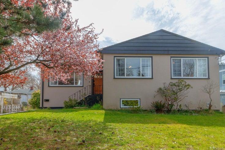 1663 Myrtle St - Vi Oaklands Single Family Detached for sale, 5 Bedrooms (871619)