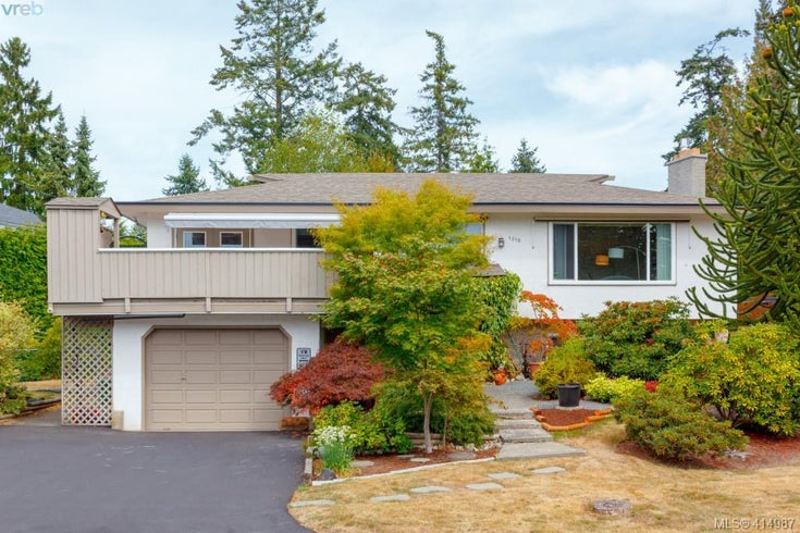 1310 Knute Way - CS Brentwood Bay Single Family Detached for sale, 5 Bedrooms (414987)