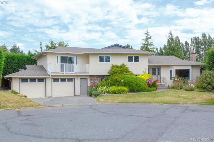 7219 Tantalon Pl - CS Brentwood Bay Single Family Detached for sale, 3 Bedrooms (845092)