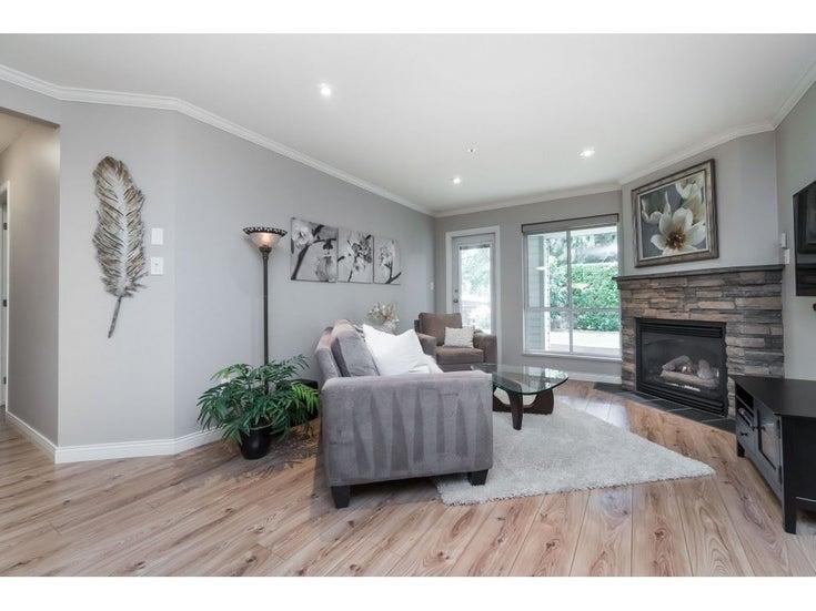 111 33280 E Bourquin Crescent - Central Abbotsford Apartment/Condo for sale, 2 Bedrooms (R2461164)