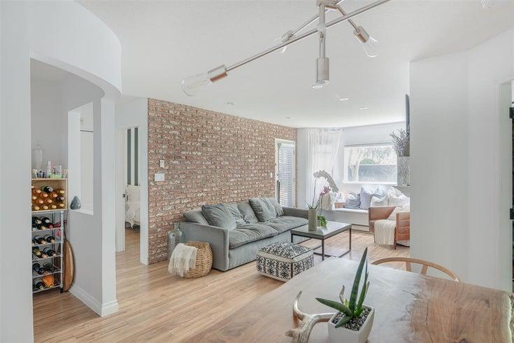 210 3183 ESMOND AVENUE - Central BN Apartment/Condo for sale, 2 Bedrooms (R2461671)