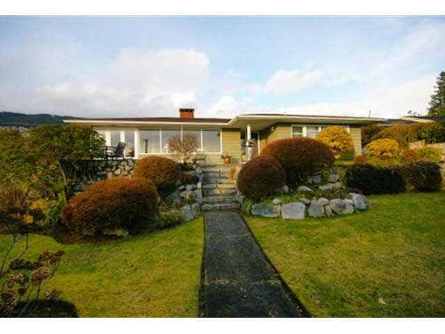 2095 Mathers Avenue - Ambleside House/Single Family for sale, 3 Bedrooms (V1047700)