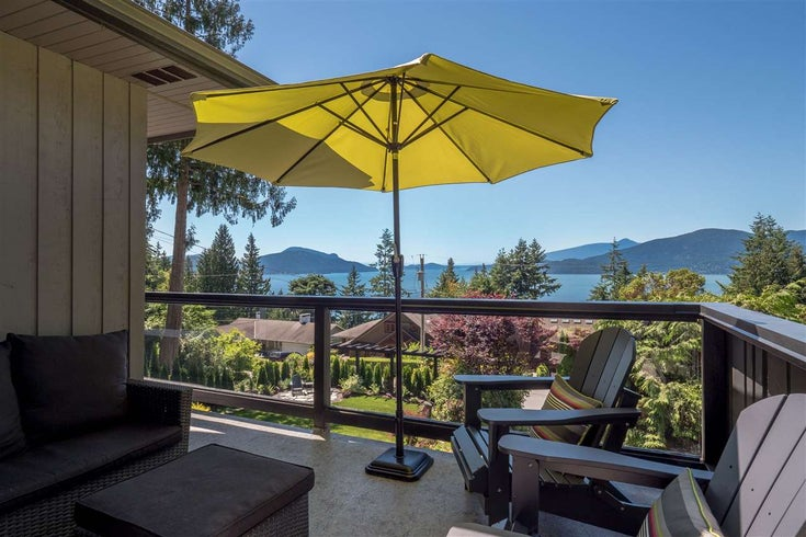 185 Panorama Place - Lions Bay House/Single Family for sale, 4 Bedrooms (R2181309)