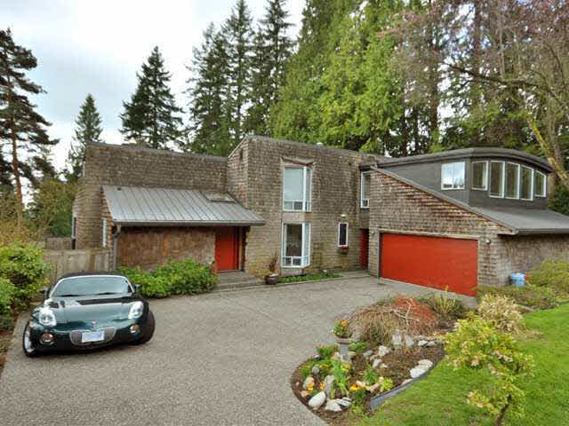 1457 Dempsey Road - Lynn Valley House/Single Family for sale, 7 Bedrooms (V885443)