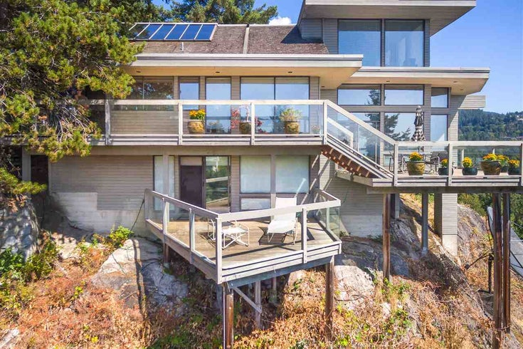 5840 Falcon Road - Eagleridge House/Single Family for sale, 3 Bedrooms (R2323559)