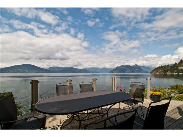 55 Brunswick Beach Road - Lions Bay House/Single Family for sale, 3 Bedrooms (V1088828)
