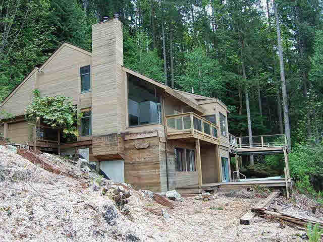 295 Mountain Drive - Lions Bay House with Acreage for sale, 5 Bedrooms (V890465)