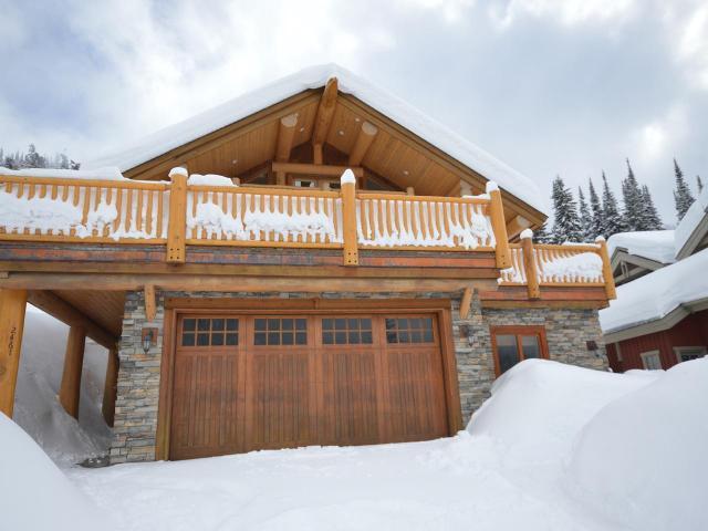 2461 Fairways Dr - Sunpeaks  House/Single Family for sale, 5 Bedrooms ( 144617)