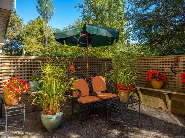 102 1715 Richmond Ave - Vi Jubilee Condo Apartment for sale, 2 Bedrooms (855089)