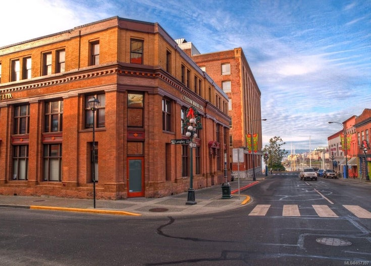 Francis Rattenbury designed Historic downtown building