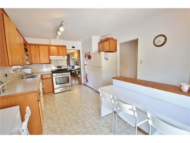 1318 E 29TH ST - Westlynn House/Single Family for sale, 5 Bedrooms (V1079321) #13