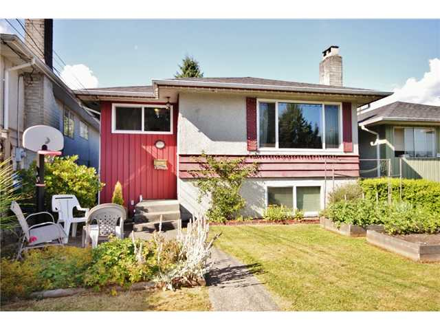 1318 E 29TH ST - Westlynn House/Single Family for sale, 5 Bedrooms (V1079321) #1