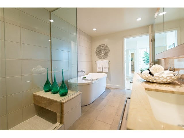 701 1277 MELVILLE STREET - Coal Harbour Apartment/Condo for sale, 2 Bedrooms (R2015542) #16